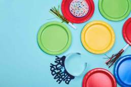 Why a Party Planner Can Help You Colorful Plates