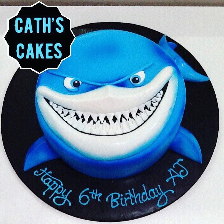 Caths Cakes shark cake