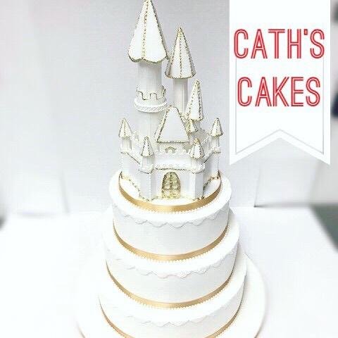 Caths Cakes castle cake