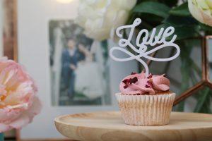 Little Big Workshop love cake topper