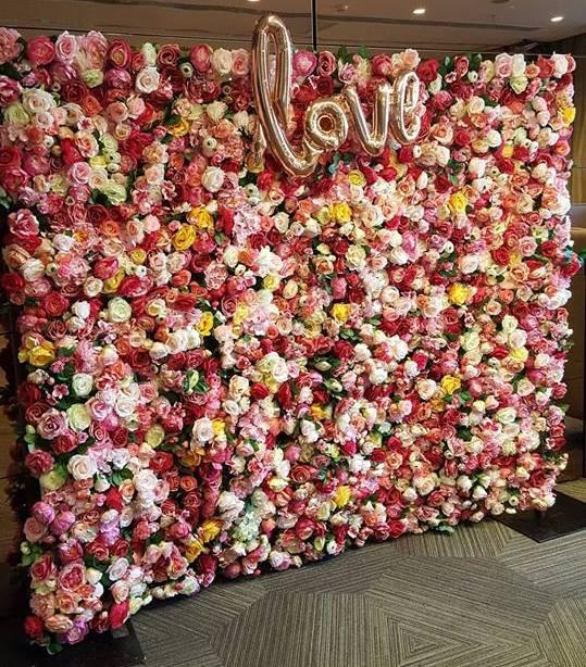 Sharebooth Sydney romance wall