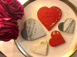 Pretty Bites happy valentine's cookie