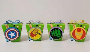 Lila Custom Party party favors