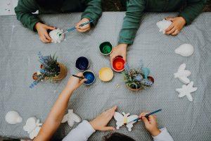 Partyora painting clay