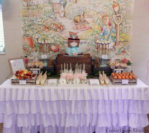 Cookie Queen Kitsch'n Peter Rabbit table