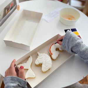 The Cookie Establishment paint cookies