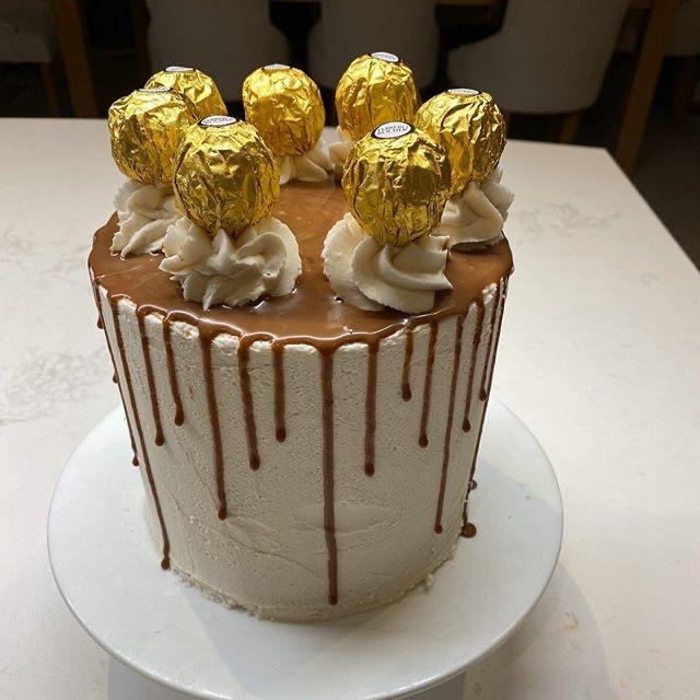 Sugar Cookie Company drip cake