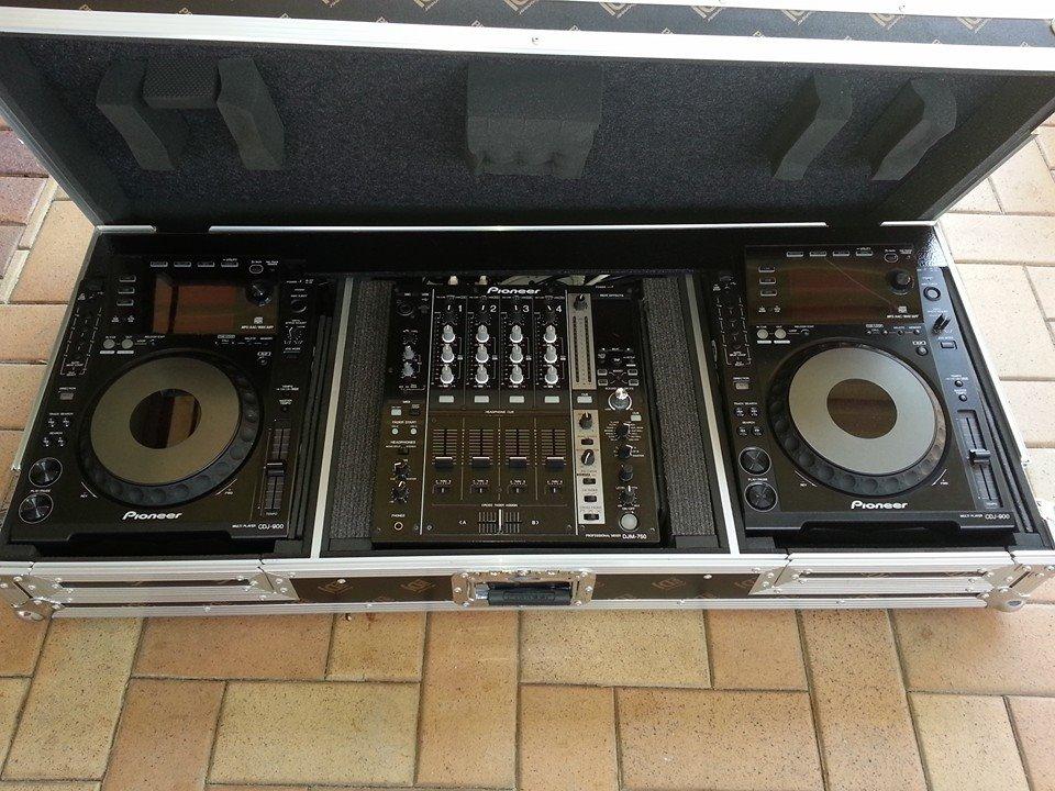 DJ Jimmy V gear