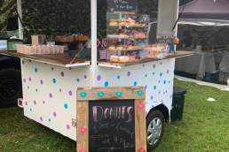 Doin' Donuts truck
