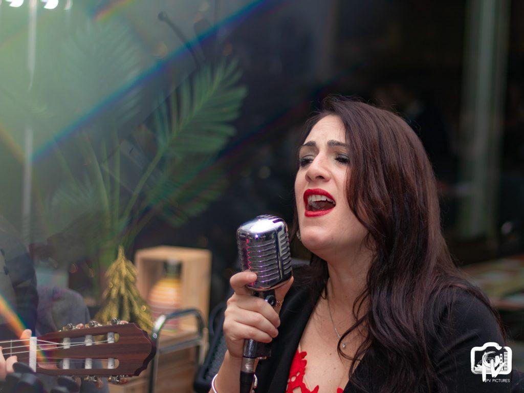 Jazz Amore singer