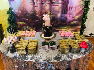 Fairy and the Frog table setting