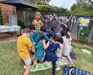 JellyBeeNa The Clown games and activities