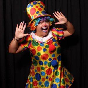 JellyBeeNa The Clown smiles