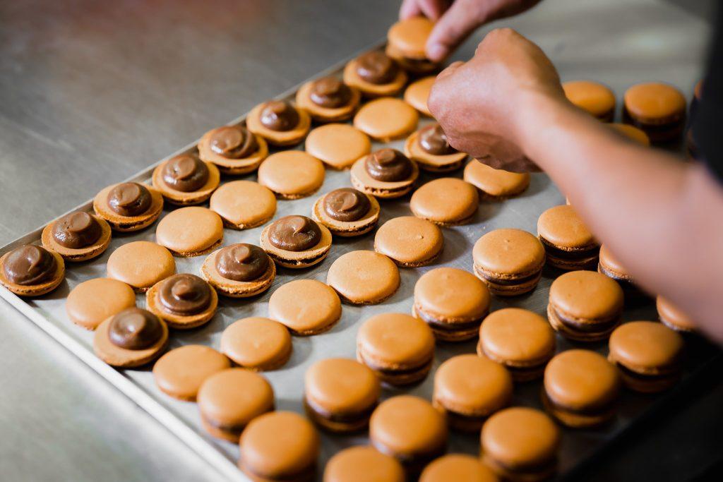 Looma's Cakes macarons
