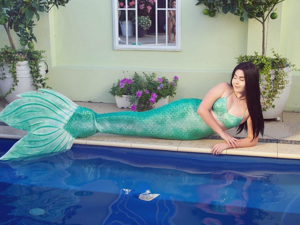 Mermaid Madeleine entertainer