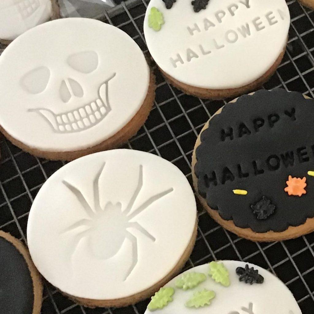 Soda Lane halloween cookies