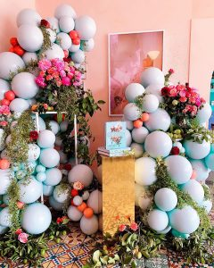 The Little Big Balloon Co natural pastels