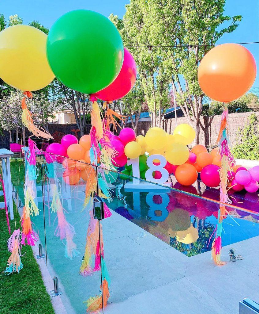 The Little Big Balloon Co outdoor balloons