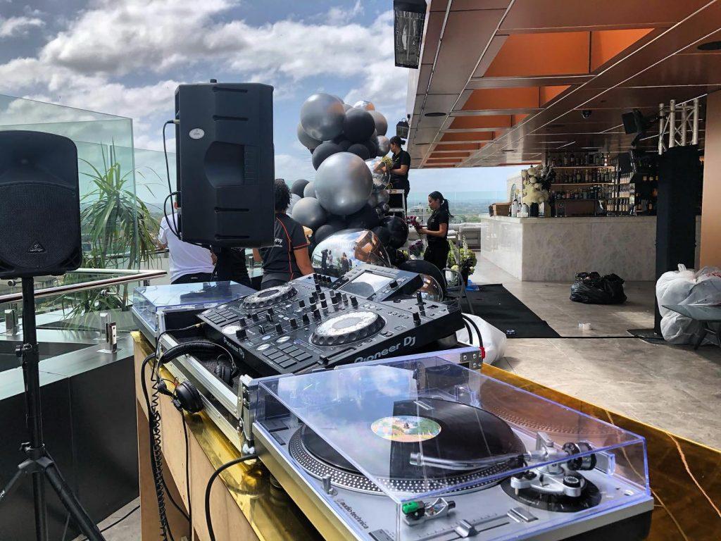 Vibes AV & DJ Hire DJ gear