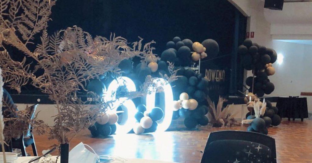 zeus letter lights 60th