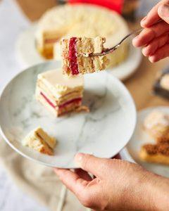 Looma's Cakes vanilla sponge