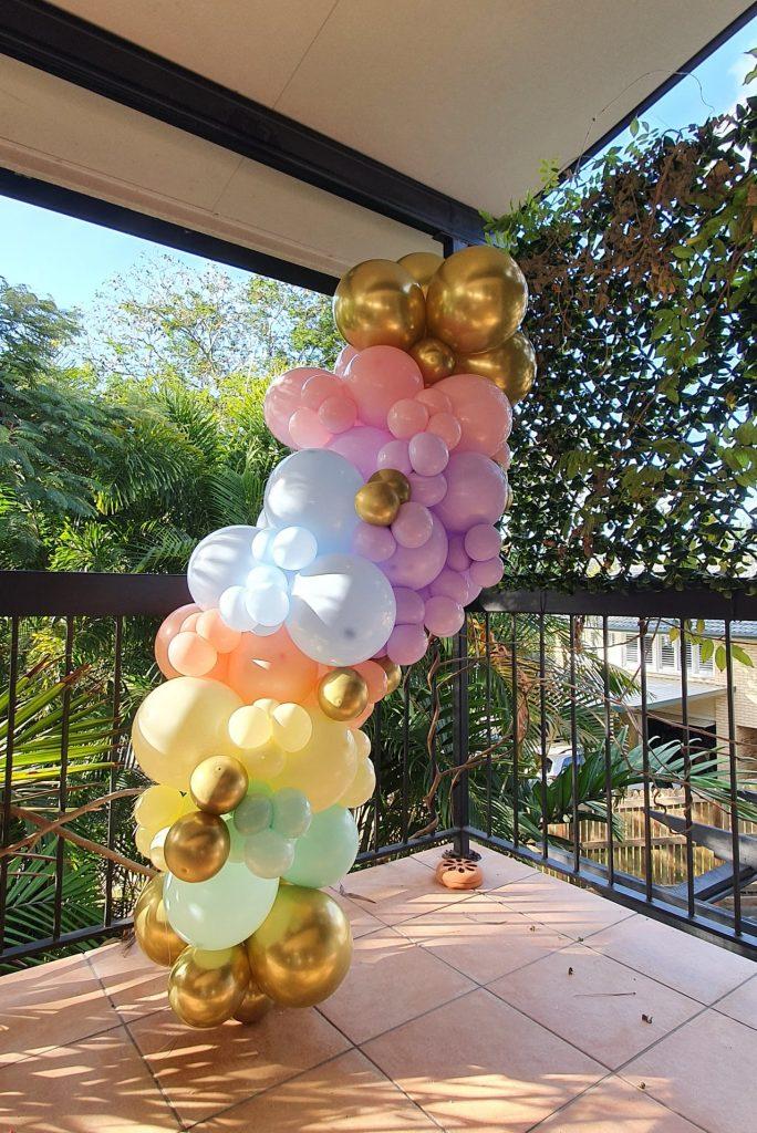 Bailando Balloons tower