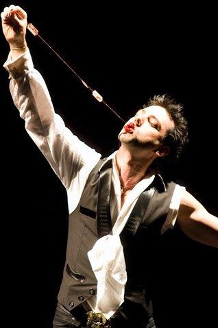 Richard Vegas Magician performance