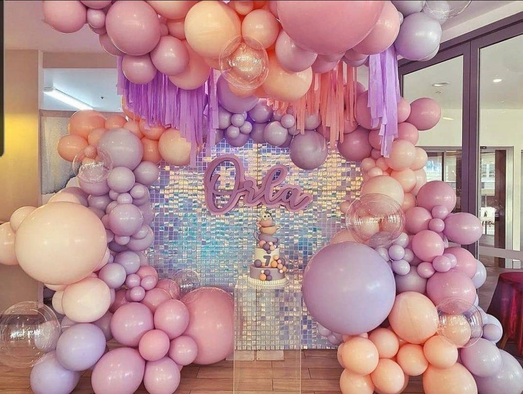 Shimmer Backdrop balloons
