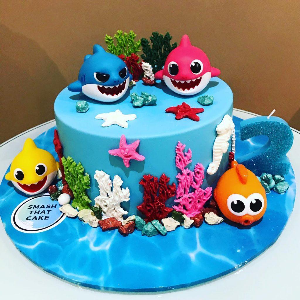 Smash That Cake baby shark