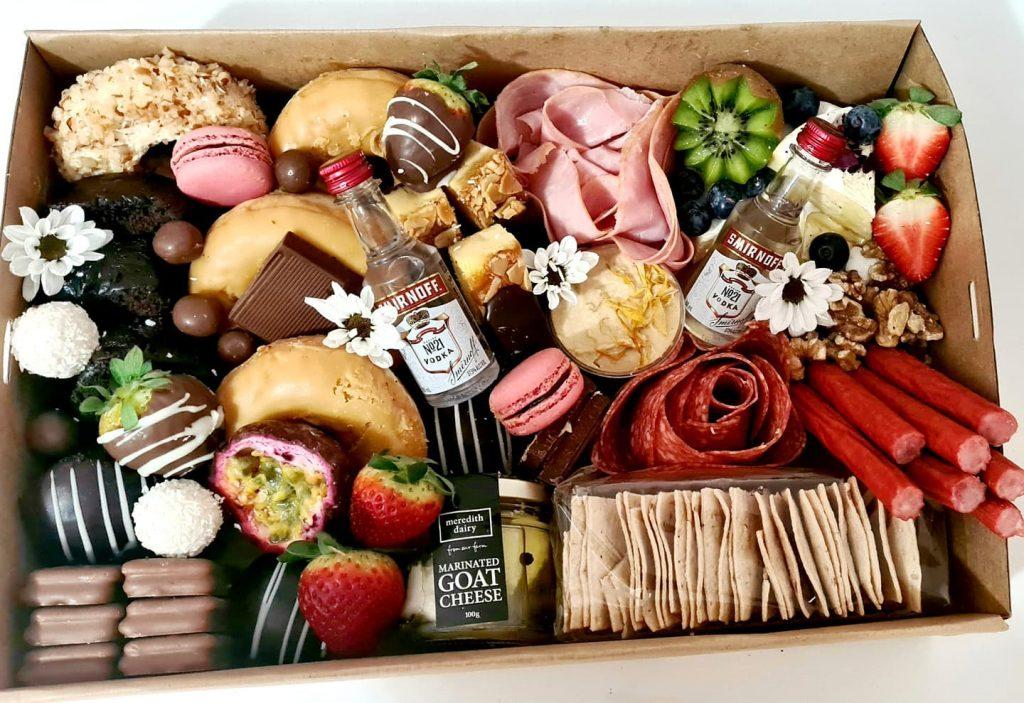 Luxurious Grazing date night box