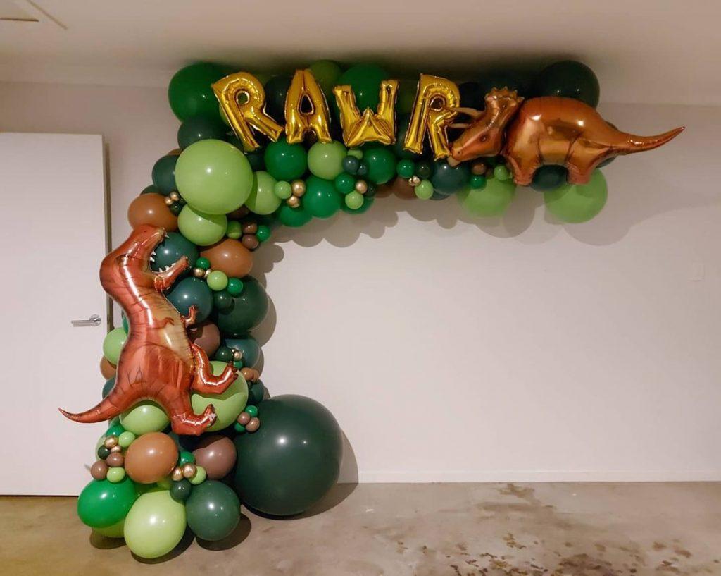 Brisbane Balloonery dino