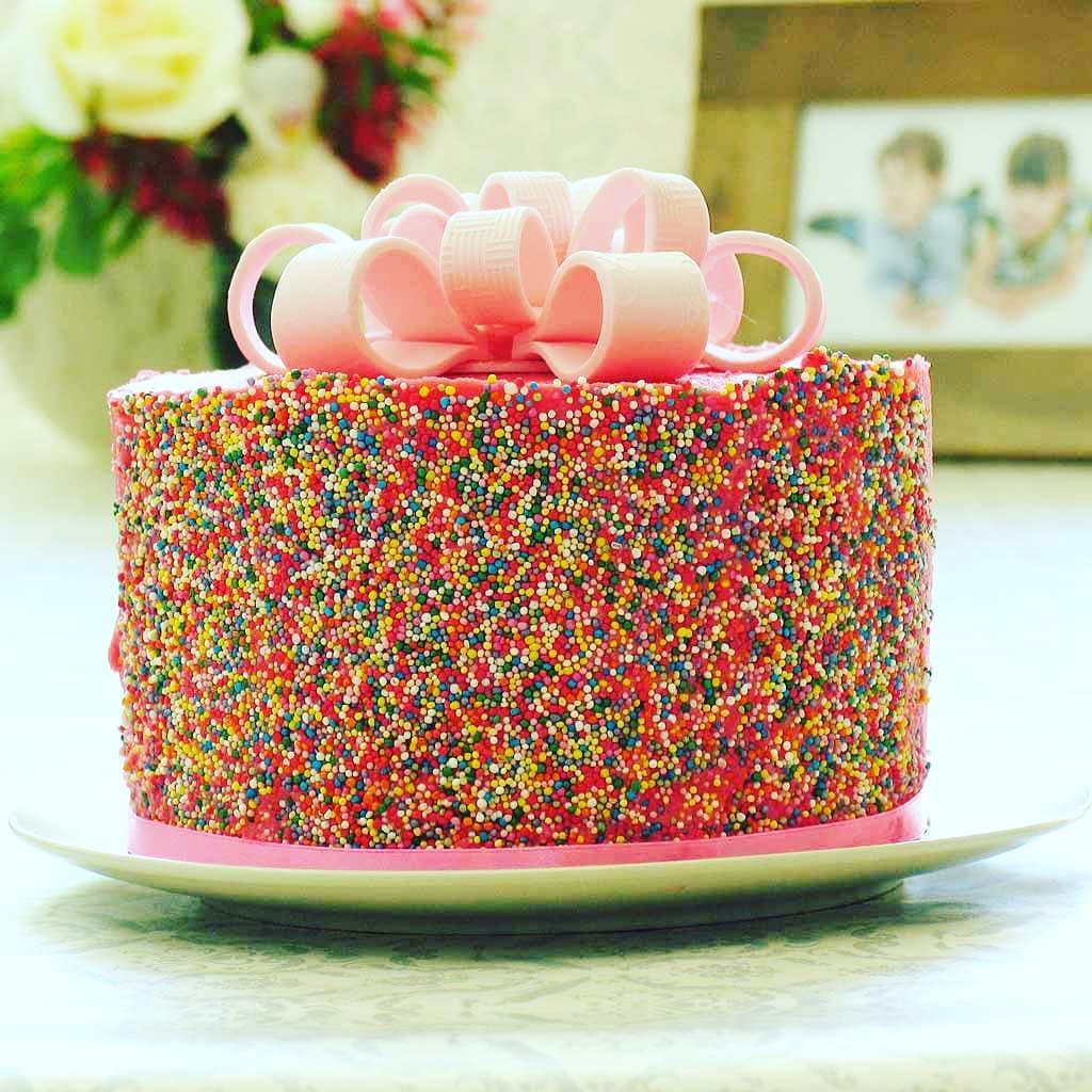 Divine Cake Sensations bow