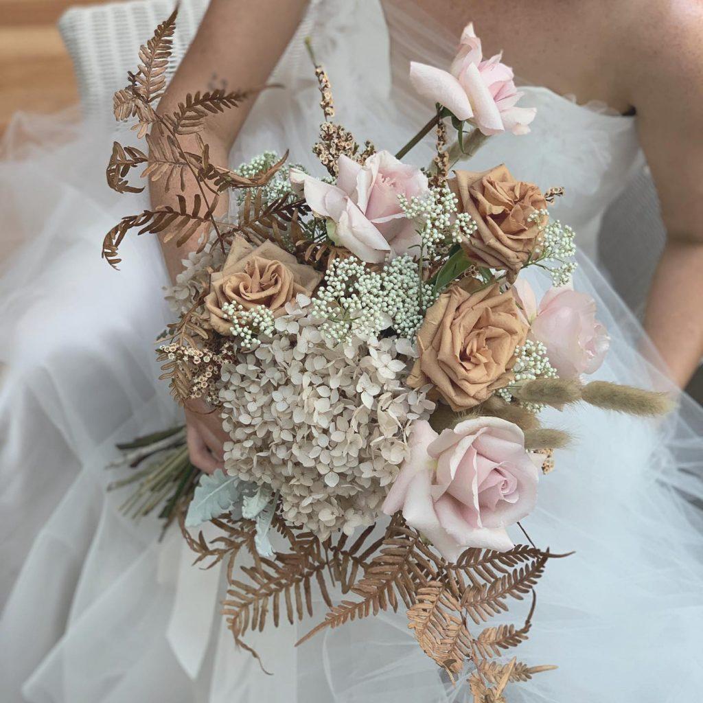 DragonFly Floral Design bridal