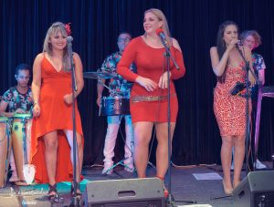 La Espectacular singers