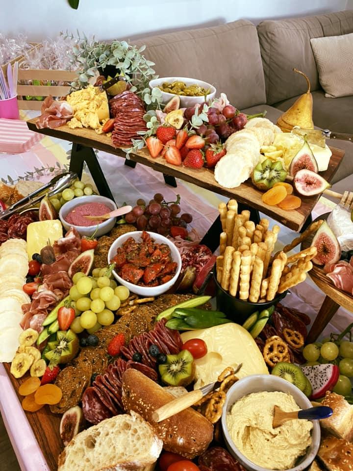 Let's Graze & Co table