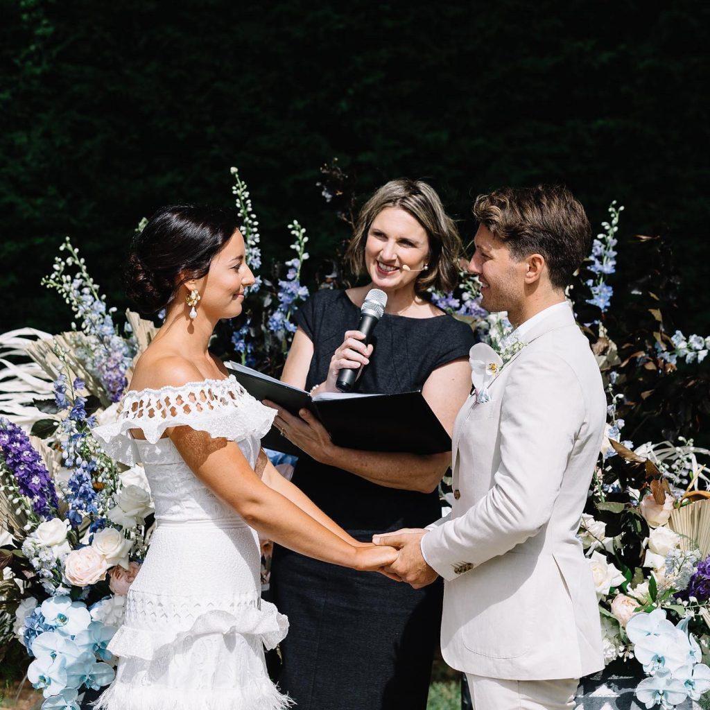 Meriki Comito Celebrant newlyweds