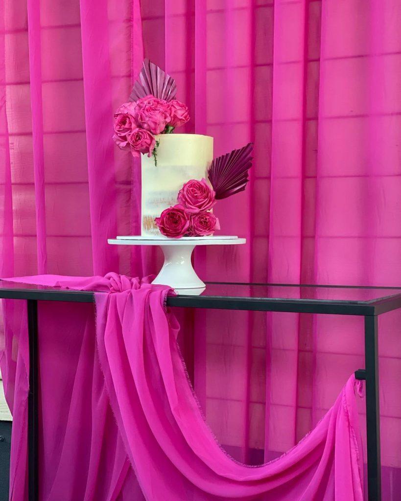 Sweet Luscious Cakes pink