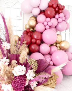 The Balloon Muse garland